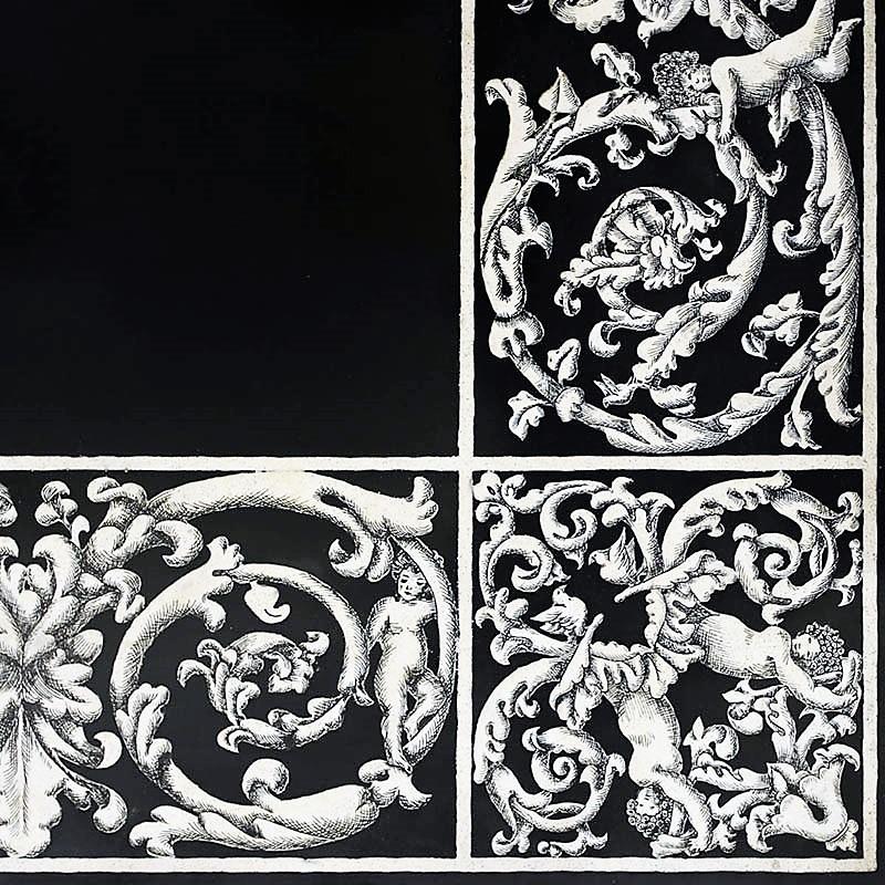 Фрагмент монохромной скальолы из Карпи.