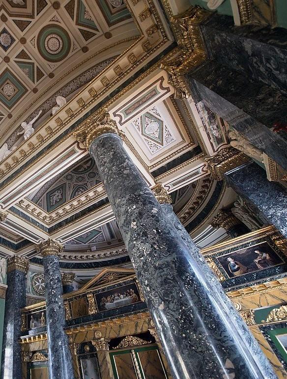 Домовой Храм Воронцовского дворца в Санкт-Петербурге.