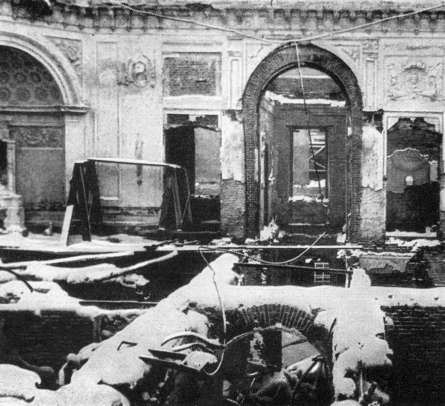 Разрушенные во время Великой Отечественной войны залы Павловского дворца