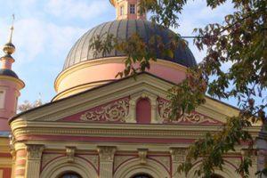 Фасад Храма Святой Великомученицы Мрины в Покровском после реставрации