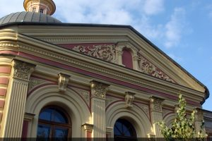 Фрагмент фасада Храма Св ВМц Ирины после реставрации