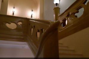 Реставрация ограждения лестницы из оселкового мрамора Скоропечатни Левенсона